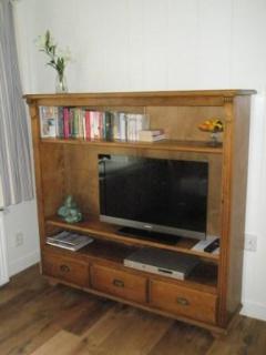HDTV/Radio/DVD Library