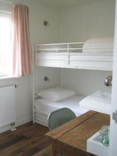 Bunkbeds bedroom 2