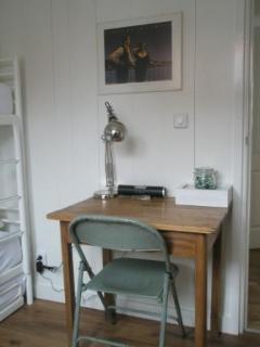 Work/Playtable bedroom 2