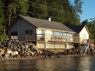 Union City Beach House, Hood Canal Waterfront View