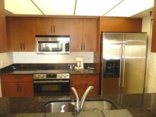 2-bed, 2-bath Beach-side Condo, Redington Shores