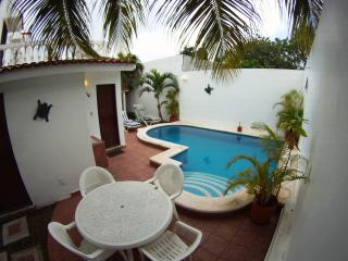 Casa Suzana - In town with private pool!, Cozumel