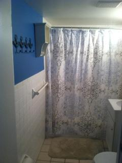 another picture of bathroom