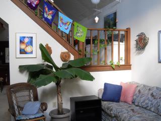 colorful 'beachhouse' room