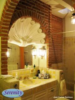 Bath Master Bedroom