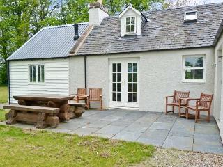 EASTER URRAY, quality luxury accommodation, woodburners, en-suites, large garden