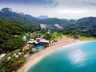 Pico De Loro Beach Resort & Club (Philippines), Nasugbu