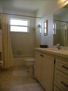 bath condo 54