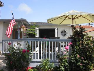 Hip Beach House - Short Min Stays!