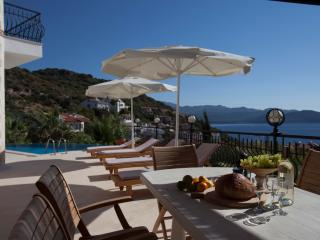 Villa Jiok-Private Pool-Seaview-200 m from coast, KAS