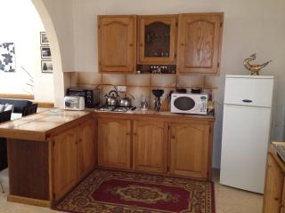 Cosy yet Spacious 1-Bedroom Lovely Maisonnette, San Pawl il-Baħar (St. Paul's Bay)
