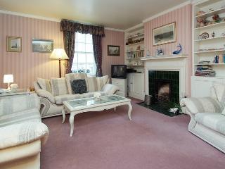 Covent Garden Bedford Street 2 bedroom/2 bath Flat, Londen