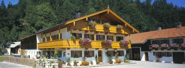 LLAG Luxury Vacation Apartment in Jachenau - 753 sqft, warm, comfortable, relaxing (# 2850) #2850