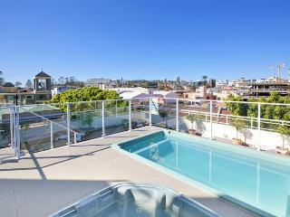 Sydney Studio Apartment; minutes from Manly Beach