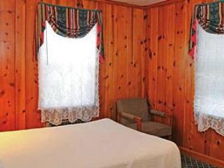 THE DUPLEX HAS COZY MASTER BEDROOM