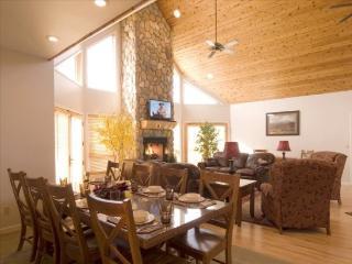 Bull Moose Retreat Main House, Cody