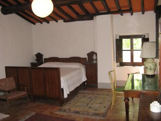 Tuscany Travel Base in Chianti, 1 Bedroom, Montespertoli