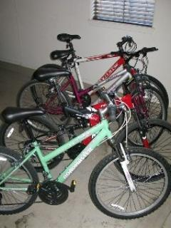 25 miles of bike trails to enjoy using the 4 bicycles available to guests