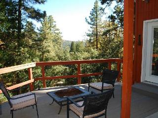 'Eagles Rest' An ML Collection Designer Home, Idyllwild