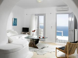 Votsalaki Resort Mykonos - One bedroom Apartment with sea view and sharing pool