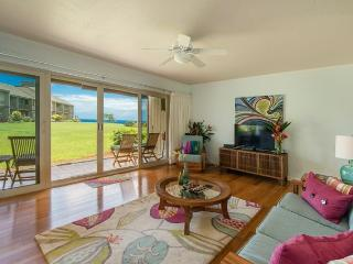Beautiful Ocean Views from Pali Ke Kua #141!!  Bright & airy, ground floor., Princeville