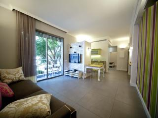 Luxury apt, Balcony, Tel-Aviv, Hilton beach