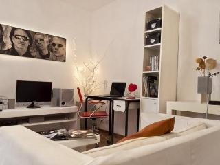 2 Bedroom Apartment Comfort Quality and Good Price, Buenos Aires