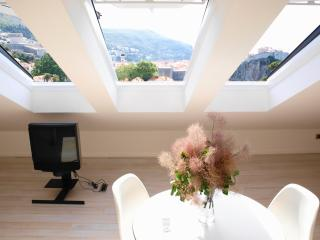 Nid d Amour - Modern Studio with Panoramic Views!, Dubrovnik