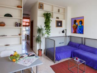 Sunny and bright loft for 2 in the Barrio del Carmen