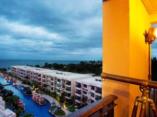 3BR BeachFrnt Luxury Marrakesh Res Boutique Condo, Hua Hin