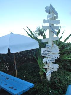 Tiki pool bar @ The Wyndham Resort
