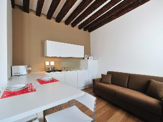 3 bedroom Apartment in Rialto, Veneto, Italy : ref 5248492
