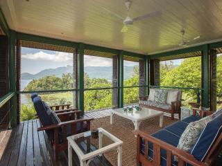South Point Villas - Sunrise Villa, Seychelles, Cerf Island