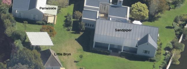 Hermanus Cottages Aerial view