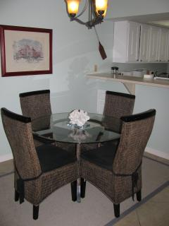 Dining room right by kitchen breakfast bar
