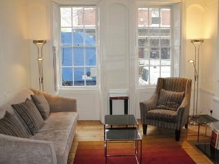 Bloomsbury%202%20Bedroom%20with%20Terrace%20%284102%29