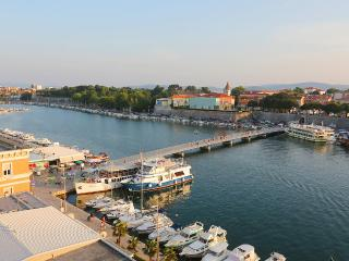 APARTMENT FOR 4 ON TOP LOCATION IN ZADAR, Zadar