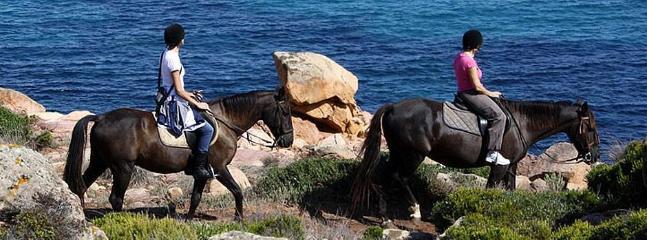Horseriding in Menorca nearby