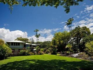 Your HideAway on your own private river!, Hilo