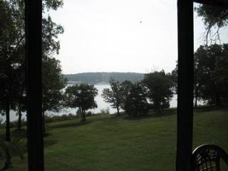 Lakefront Unit  #15  - Green Valley Resort, Branson West