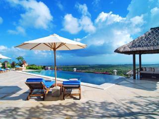 Luxurious 4BR Villa Fantastic Ocean View, Jimbaran