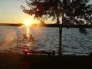 Peaceful Orillia Lakefront Paradise on Lake Simcoe