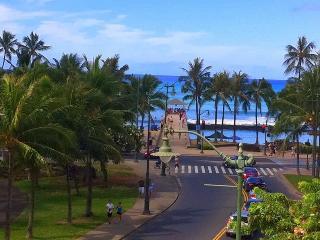 Prime Location- Ocean/Diamond Head View/Free Wifi, Honolulu