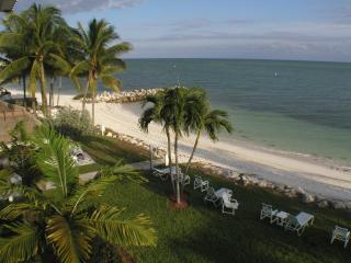 2 bedroom, Beach, Florida Keys, Key West, Tropical, Key Colony Beach