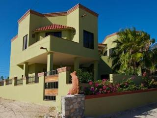 $1850/wk entire house  or $85/nt 2BR Guest unit, Los Barriles