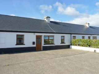NO. 2 WHITE STRAND, traditional cottage, multi-fuel stove, two minutes' walk to