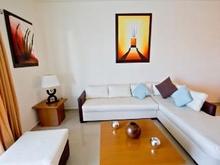 Palmar del Sol 303.Penthouse 3 bedroom.Pool View.On downtown., Playa del Carmen