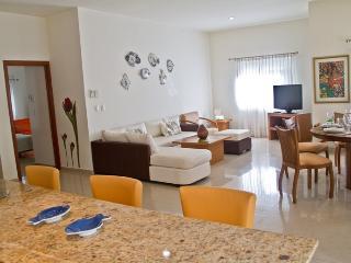 Palmar del Sol 108. 2 bedroom apartment.Pool view.Downtown., Playa del Carmen