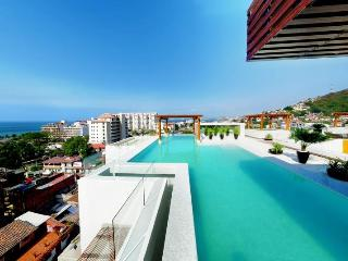 Amazing New 5* 1BR 2BA 5min to beach Fab Pool&View, Puerto Vallarta