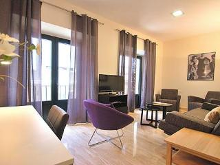 MAESTRANZA - Central Seville - 3 Bedroom Luxury Apartment sleeps up to 8